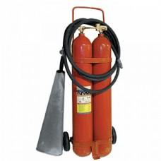 ОУ-15: Огнетушитель углекислотный, передвижной